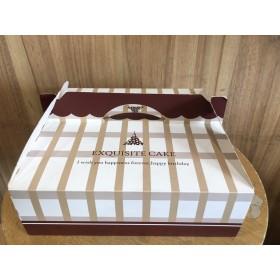 กล่องใส่พาย /ทาร์ตลายขาวน้ำตาล แพ็ค 5ใบ